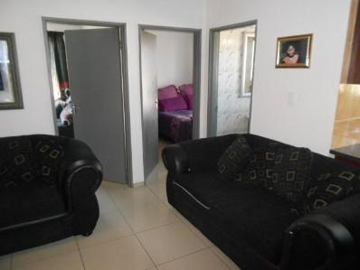 Fleurhoff Ext 2 2bedroomed flats on Main Reef Road for R3500 1st month rent free