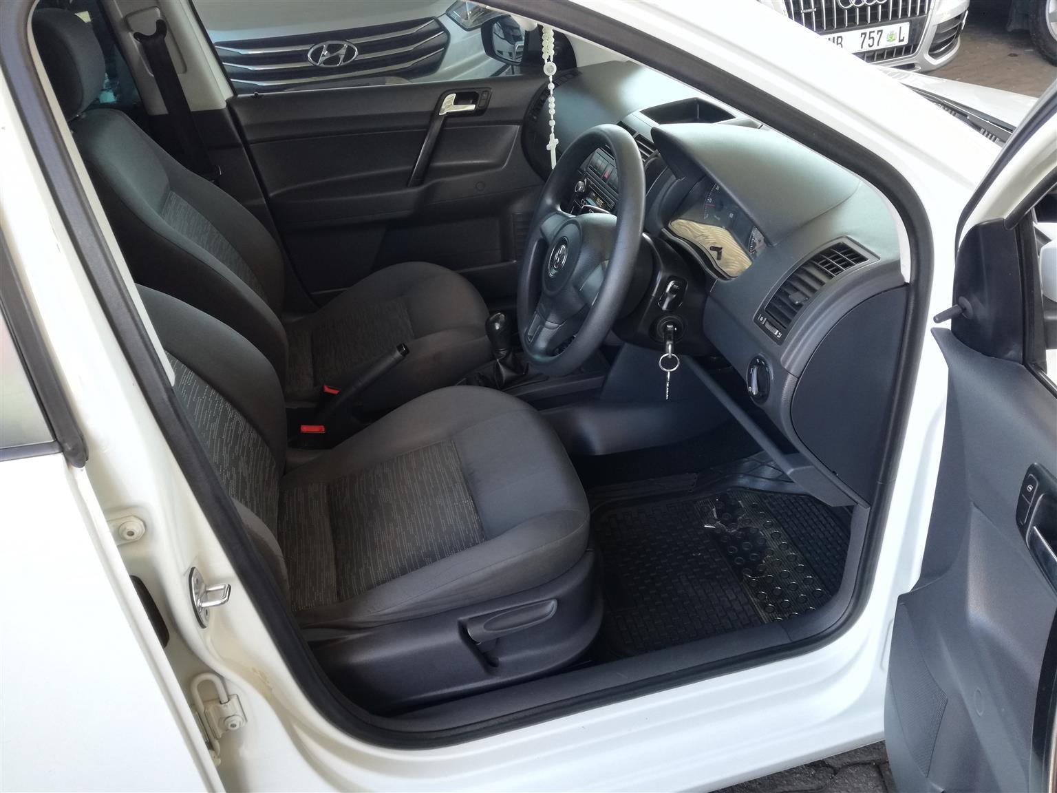 2015 Volkswagen Polo Vivo Sedan 1.4 Trendline 77,000km R118,000