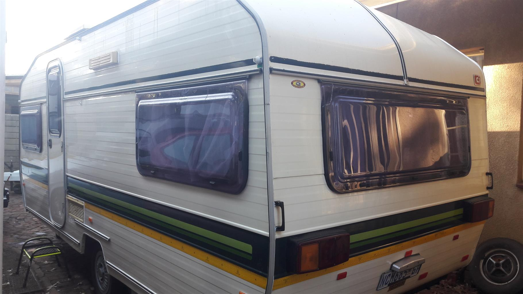 GYPSEY 4 1983 MODEL WITH FULL TENT IN EXCELLENT CONDITION MUST BE SEEN