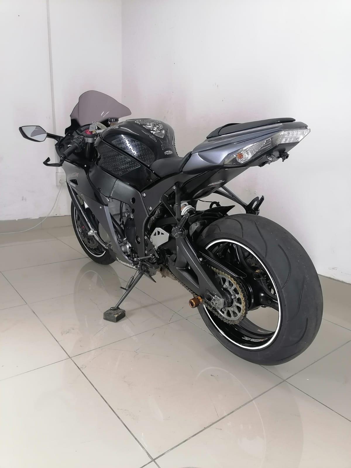 2012 Kawasaki ZX10