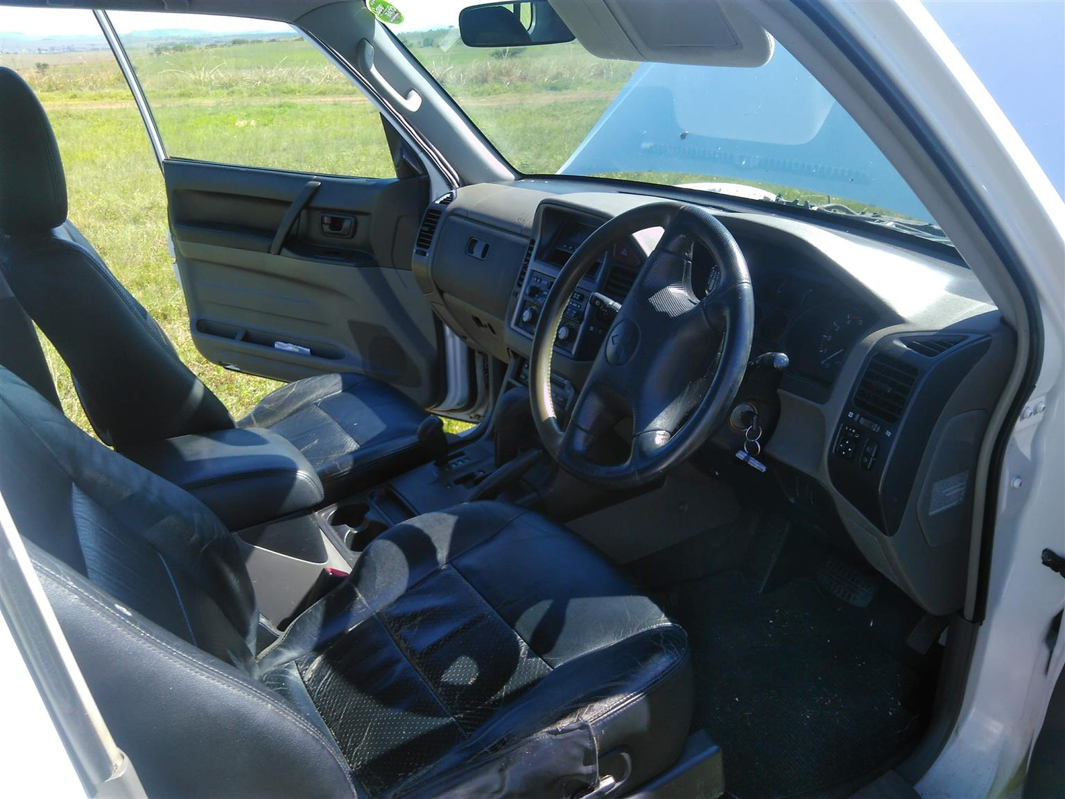 2004 Mitsubishi Pajero 3 door 3.2DI D GLS Exceed