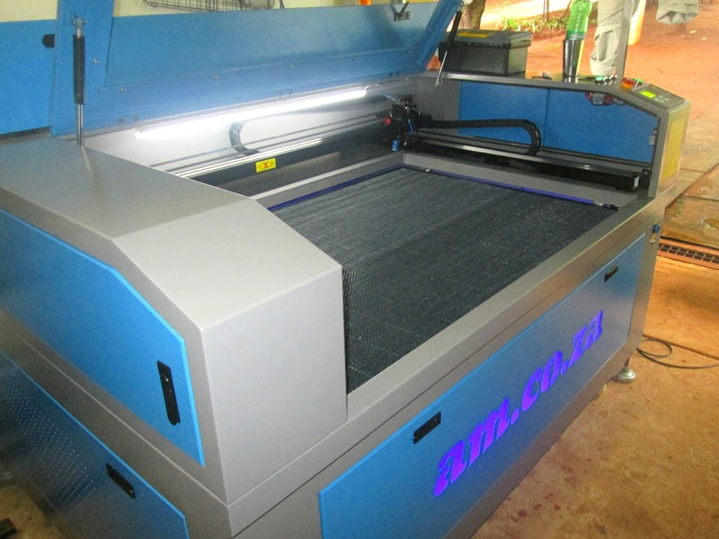 LC2-9060/M150 TruCUT PRO Performance Range 900x600mm Cabinet Type for Sheet Metal/Non