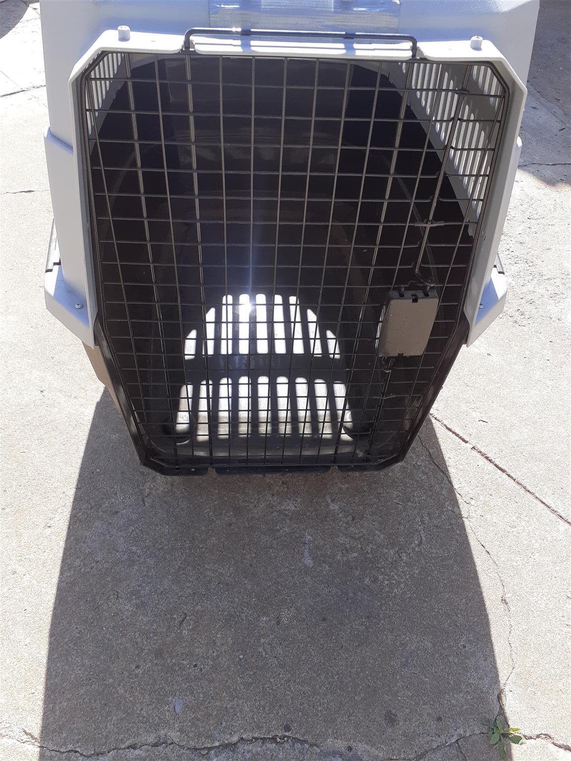 Dog kennel, Like new