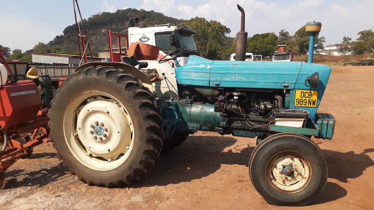 Ford 5000 4X2