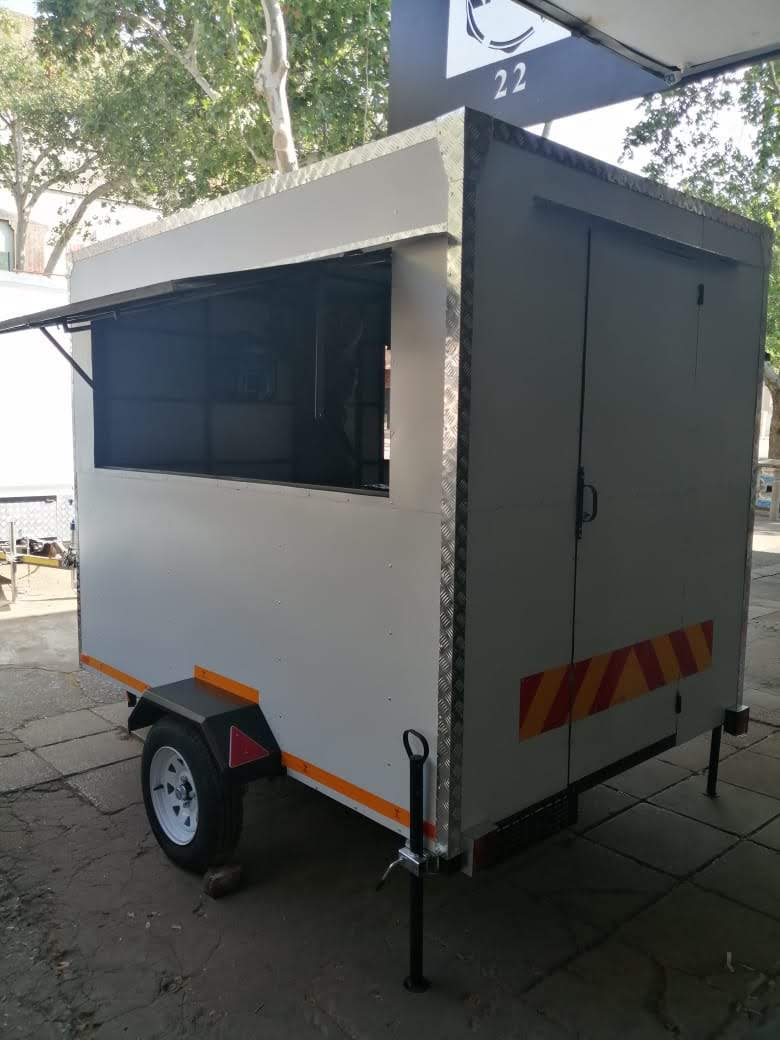 Moving Kitchen Trailers