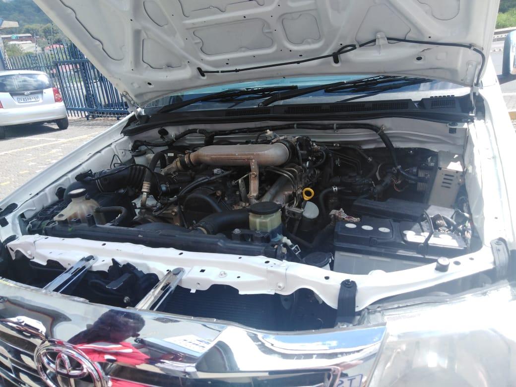 2015 Toyota Hilux single cab HILUX 2.4 GD 6 SRX 4X4 P/U S/C