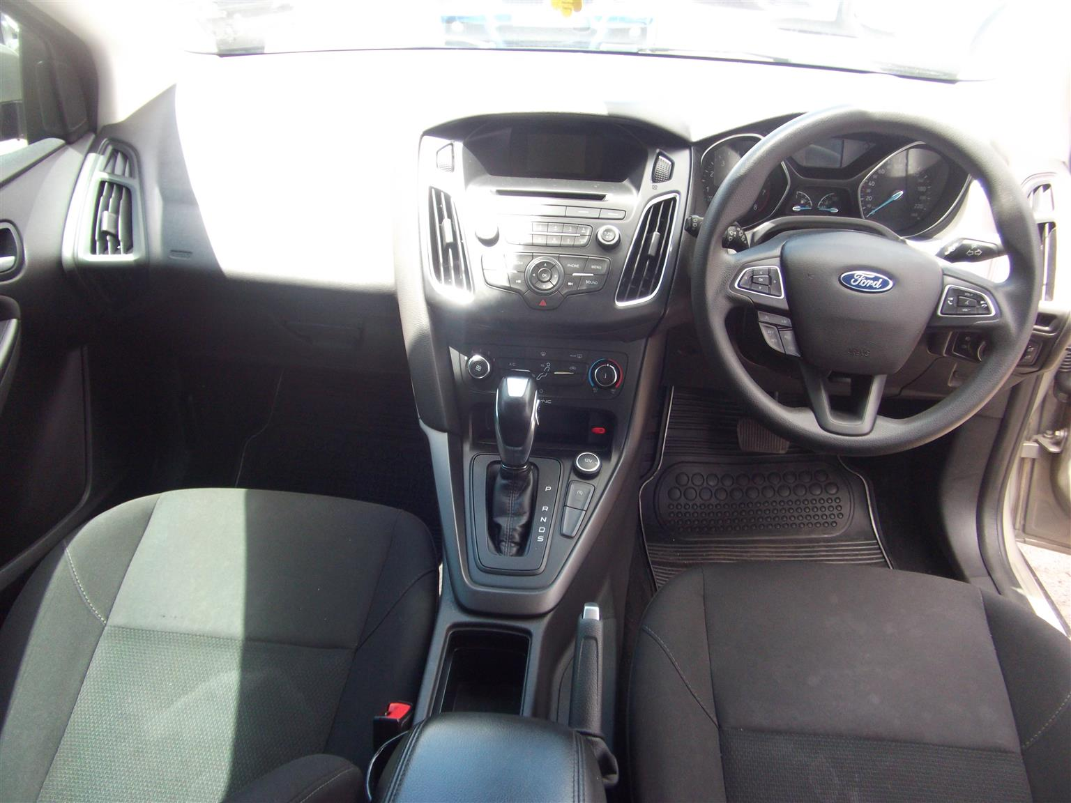 2016 Ford Focus hatch 1.5T Trend auto