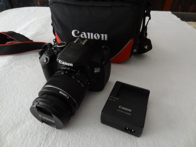 Canon EOS 650D SLR camera with 18-55mm