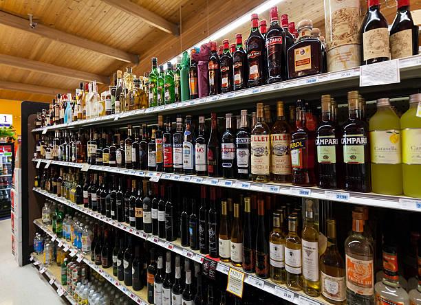 Liquor Store Set up