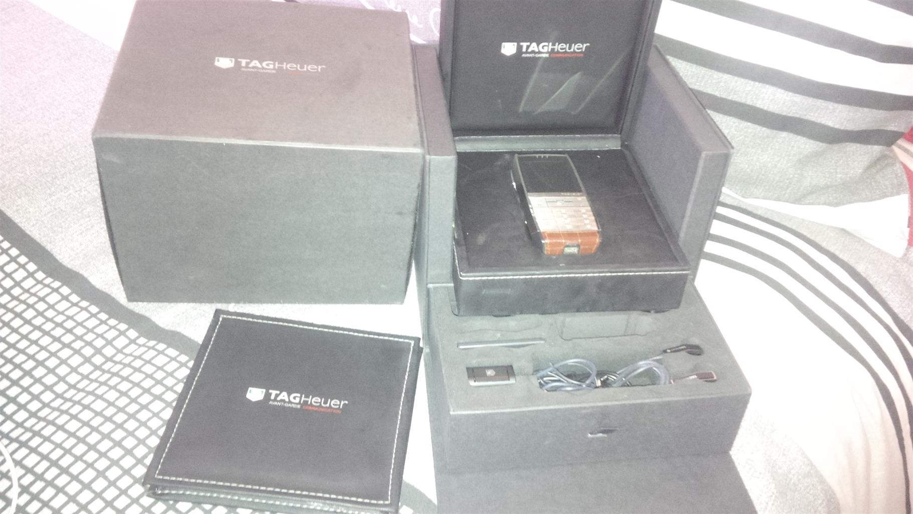 Tag heuer mobile phone