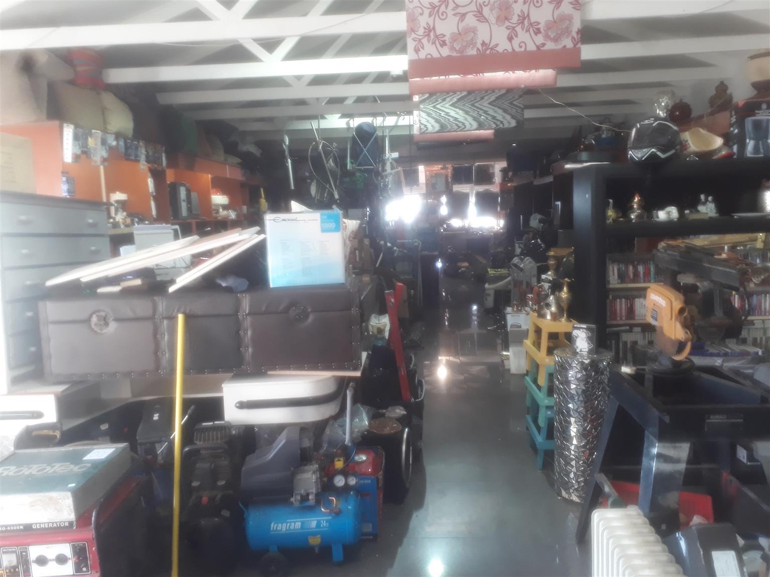 Pawnbroker Secondhand shop