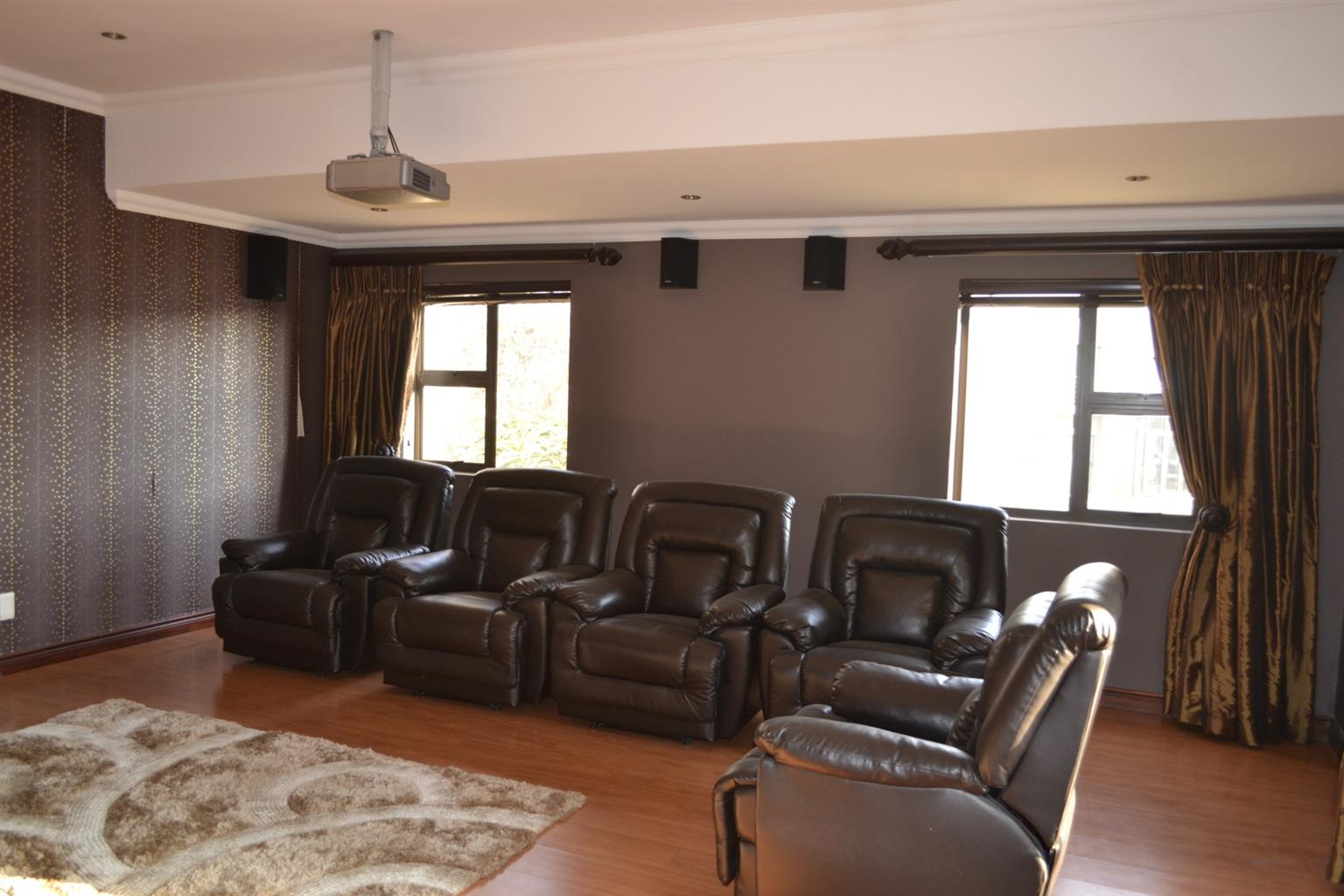 House For Sale in Silverwoods Country Estate