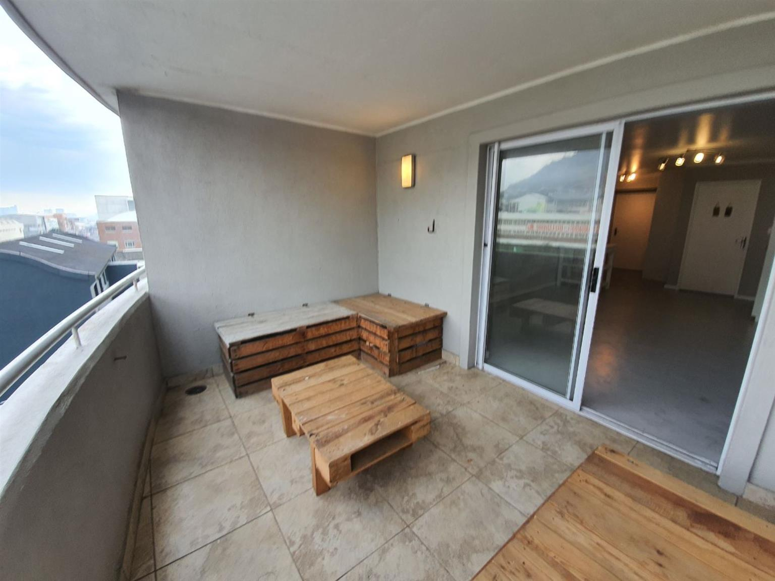 Apartment For Sale in SALT RIVER