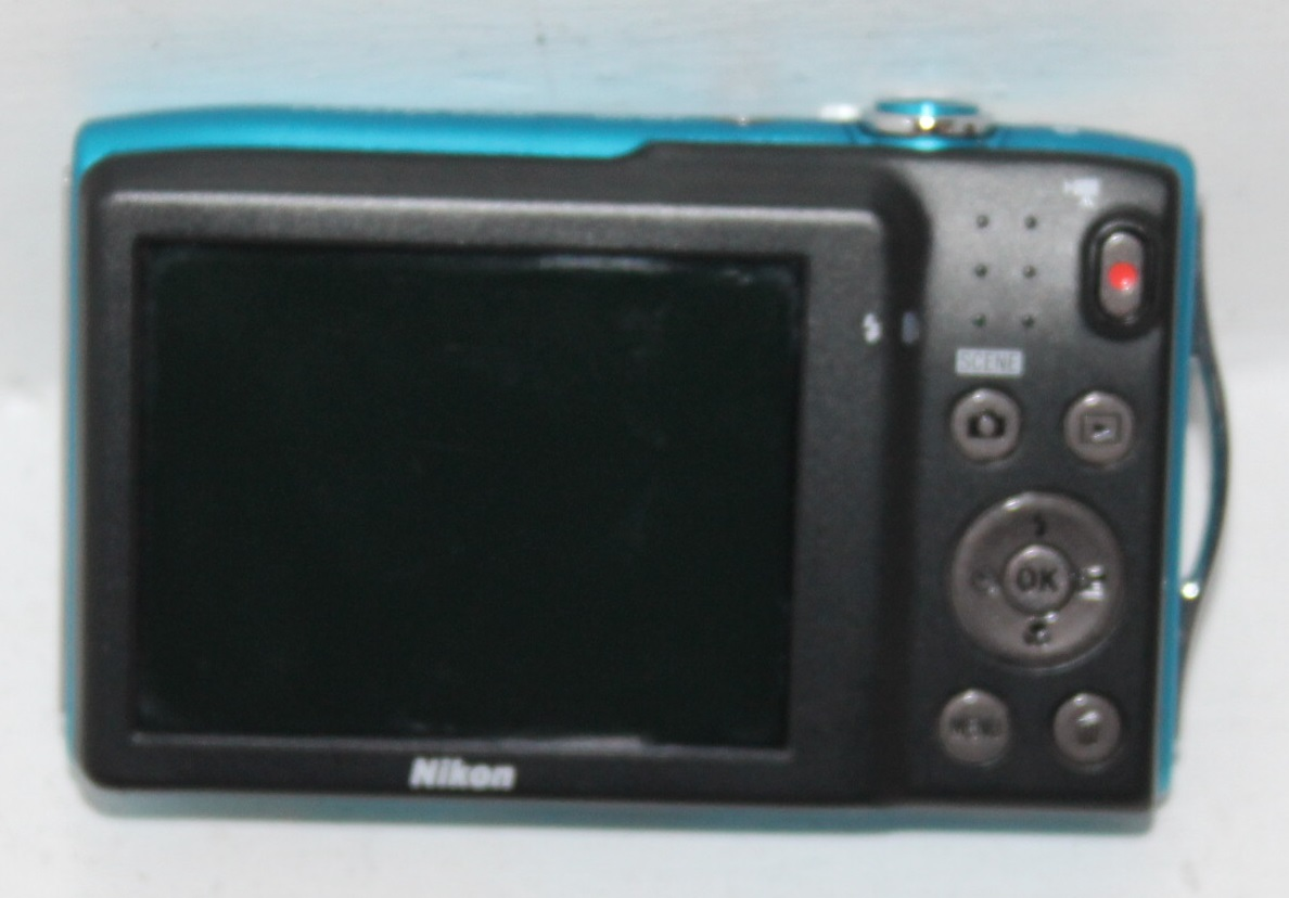 S035742A Nikon 16m.b digital cam in case with charger #Rosettenvillepawnshop