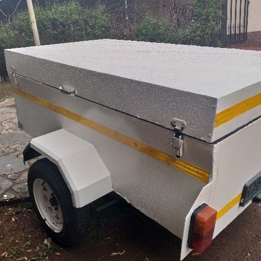 6 foot trailer good condition