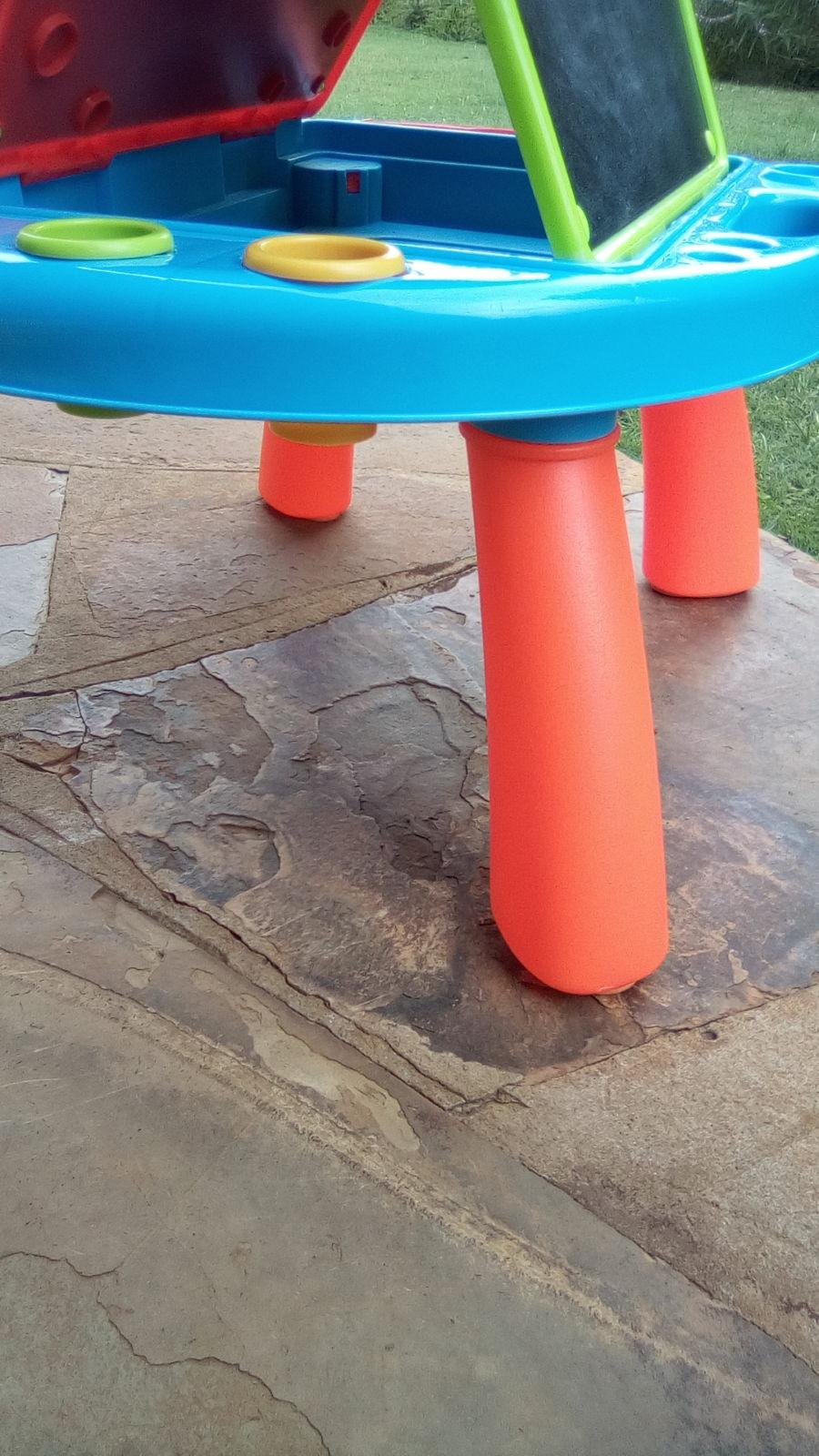 Toy table leg