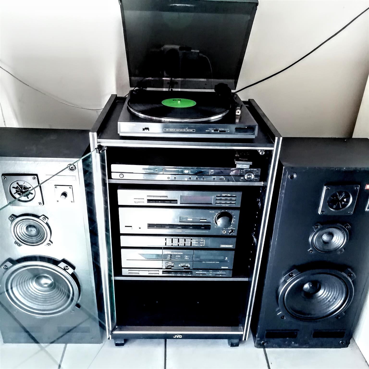 Pioneer hifi sound system