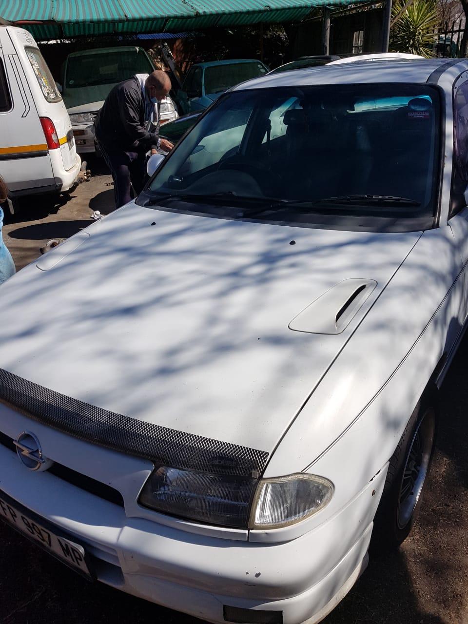 1996 Opel Astra 2.0 GSi
