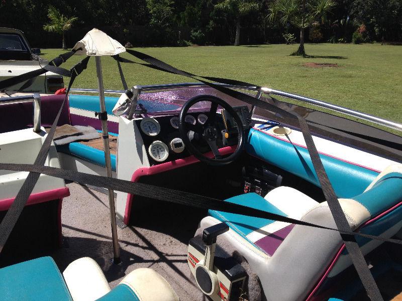 Fun in the Sun- Last week on special- Speed boat Miami Sport 17 foot 140 HP Suzuki Cash or Swop