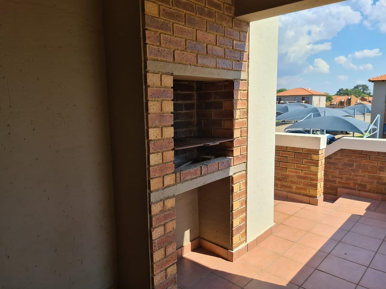 Apartment For Sale in Pomona