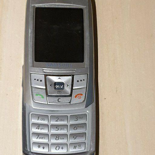 Samsung E250 cellphone for sale