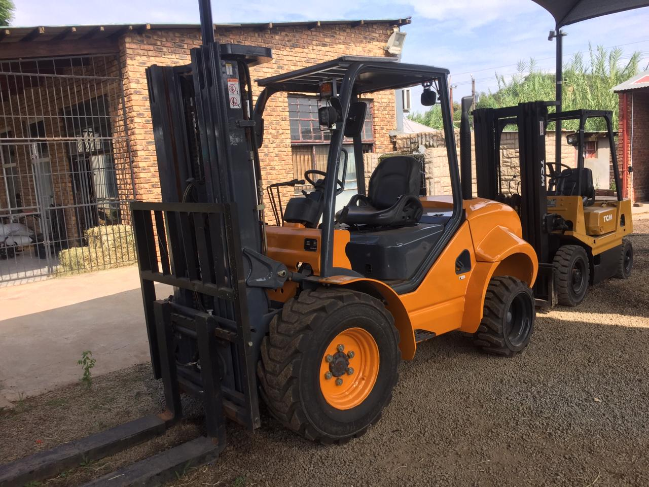 JAC 2017 MODEL FORKLIFT