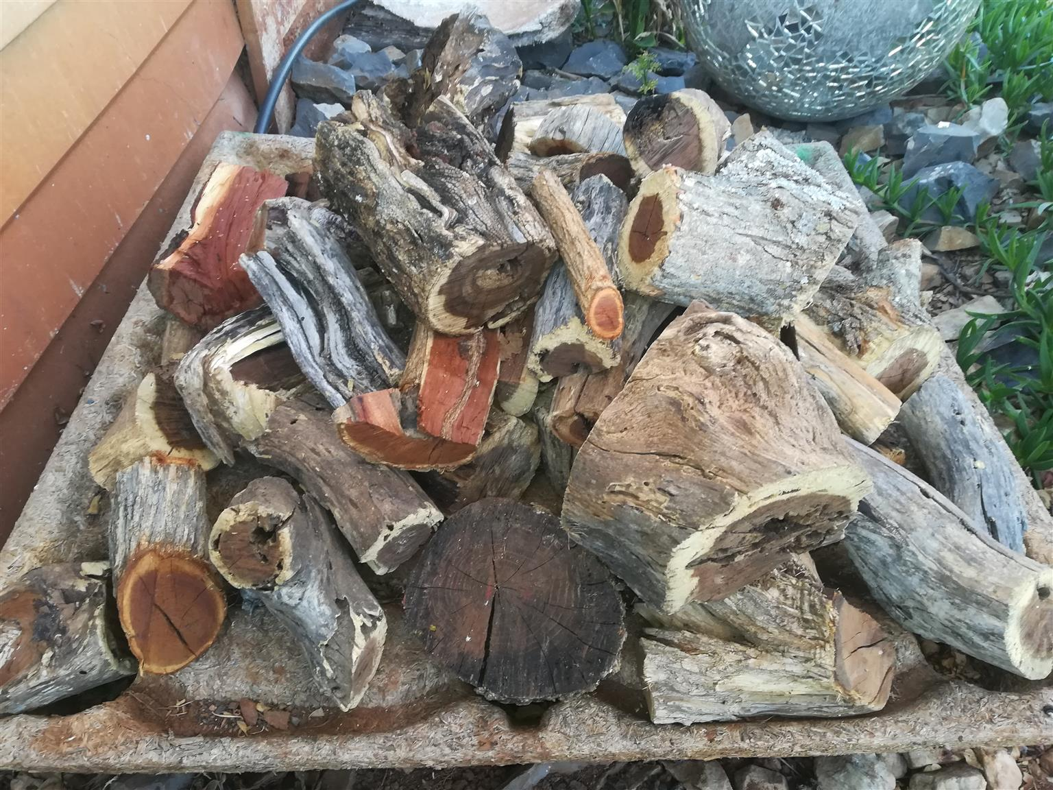 Dry swarthaak braai wood for sale in Centurion
