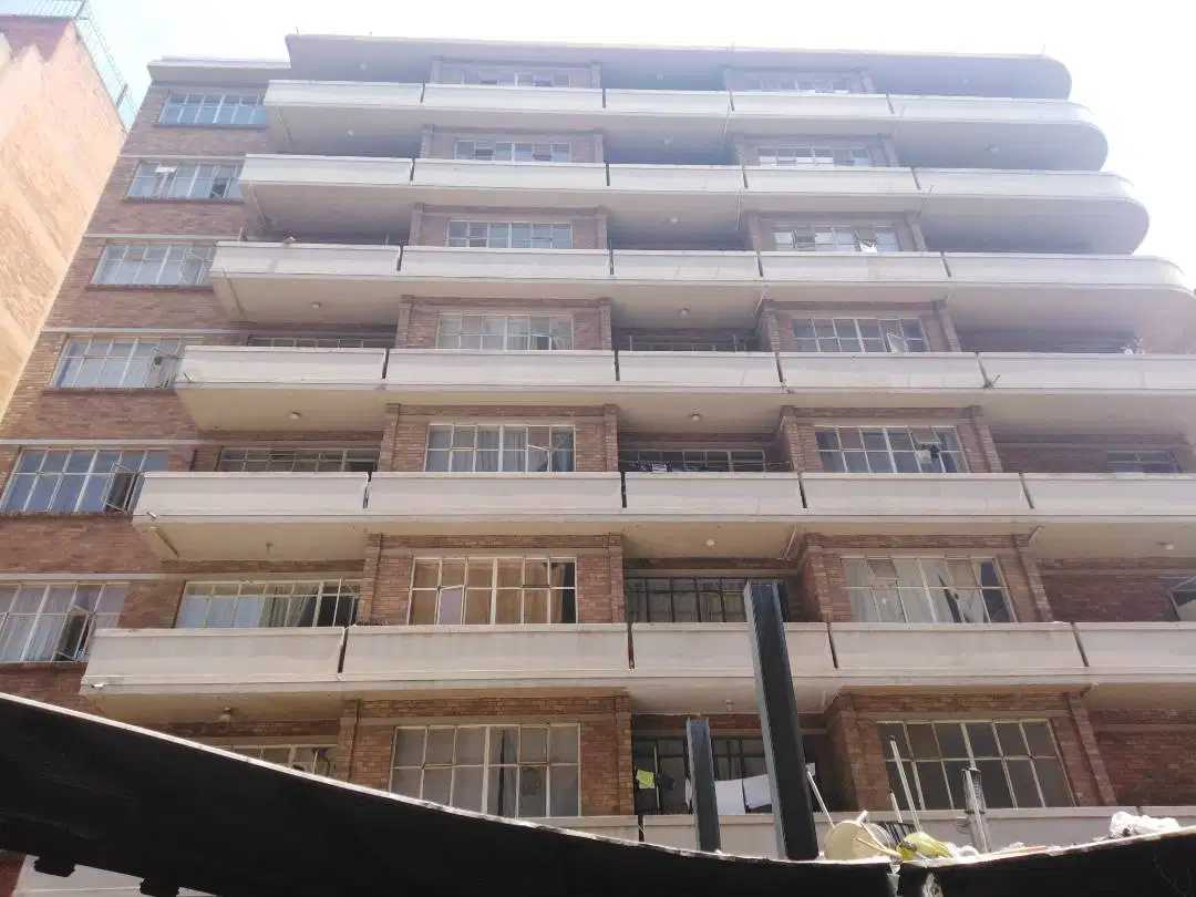 2 Bedroom flat - to let Hillbrow  Parma Court