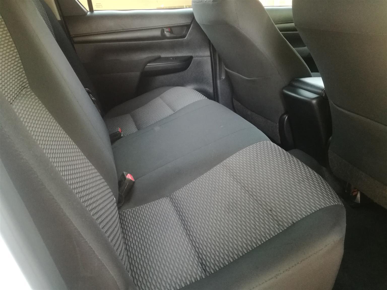 2017 Toyota Hilux double cab HILUX 2.4 GD 6 RB SRX A/T P/U D/C