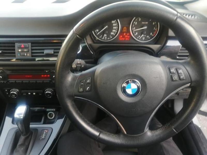 2008 BMW 3 Series 325i coupé auto