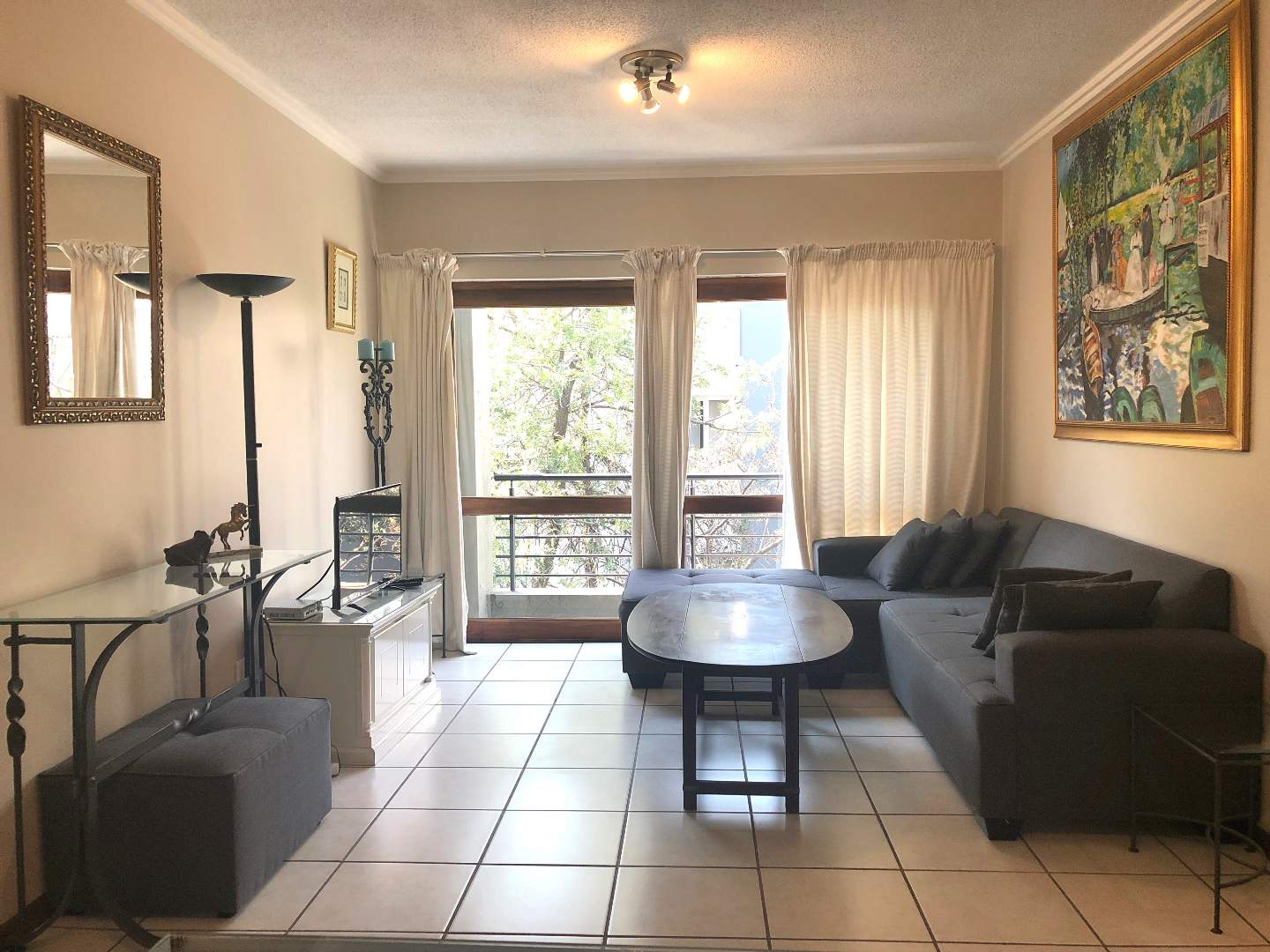 Apartment For Sale in Witkoppen