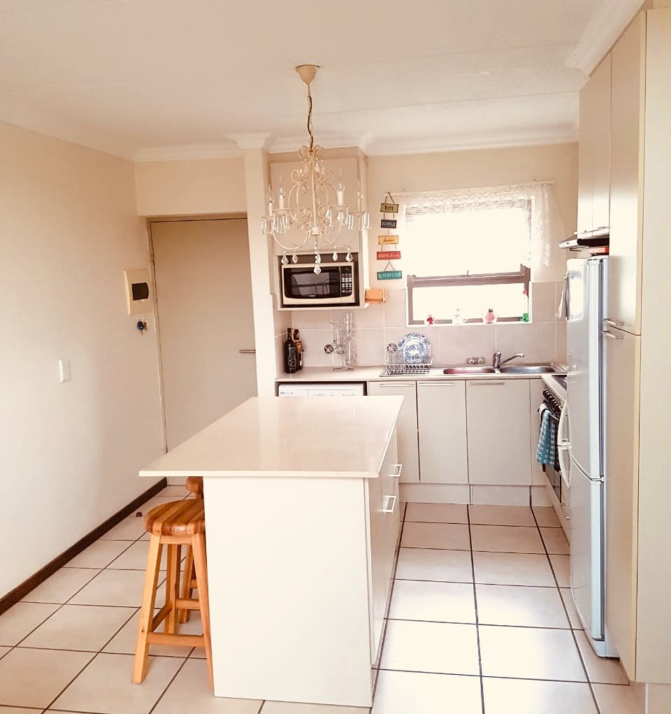 Apartment For Sale in Beverley