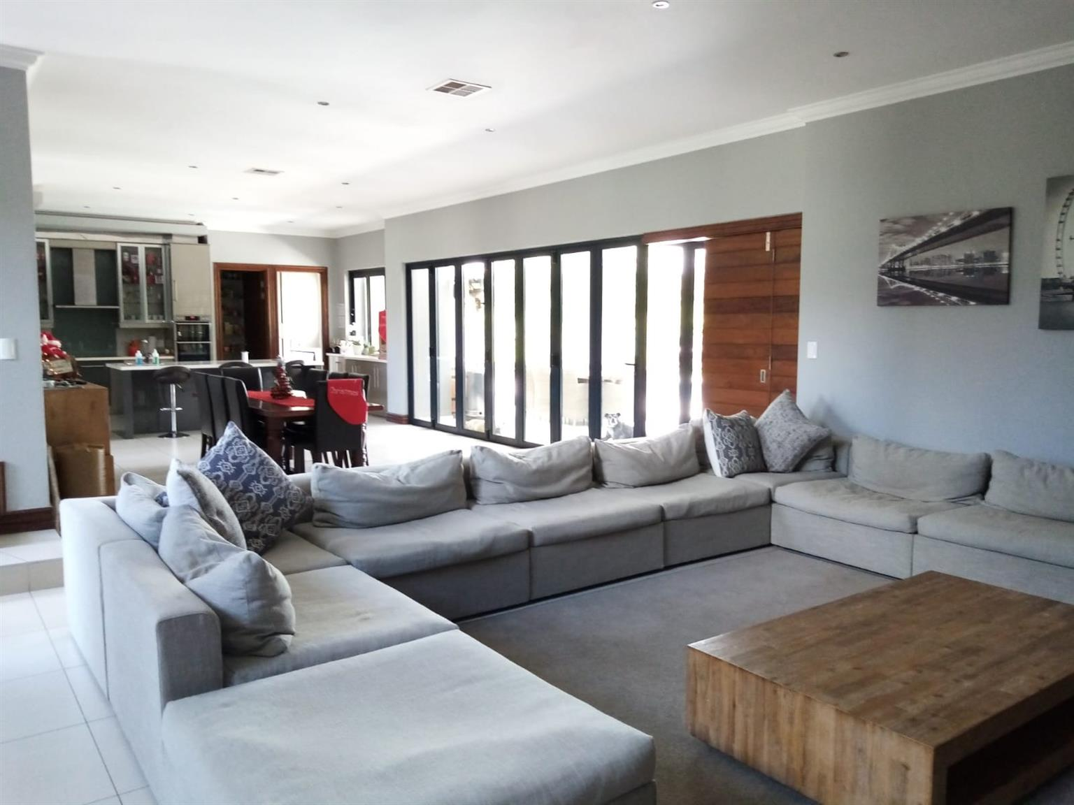 House For Sale in Ebotse Golf Estate