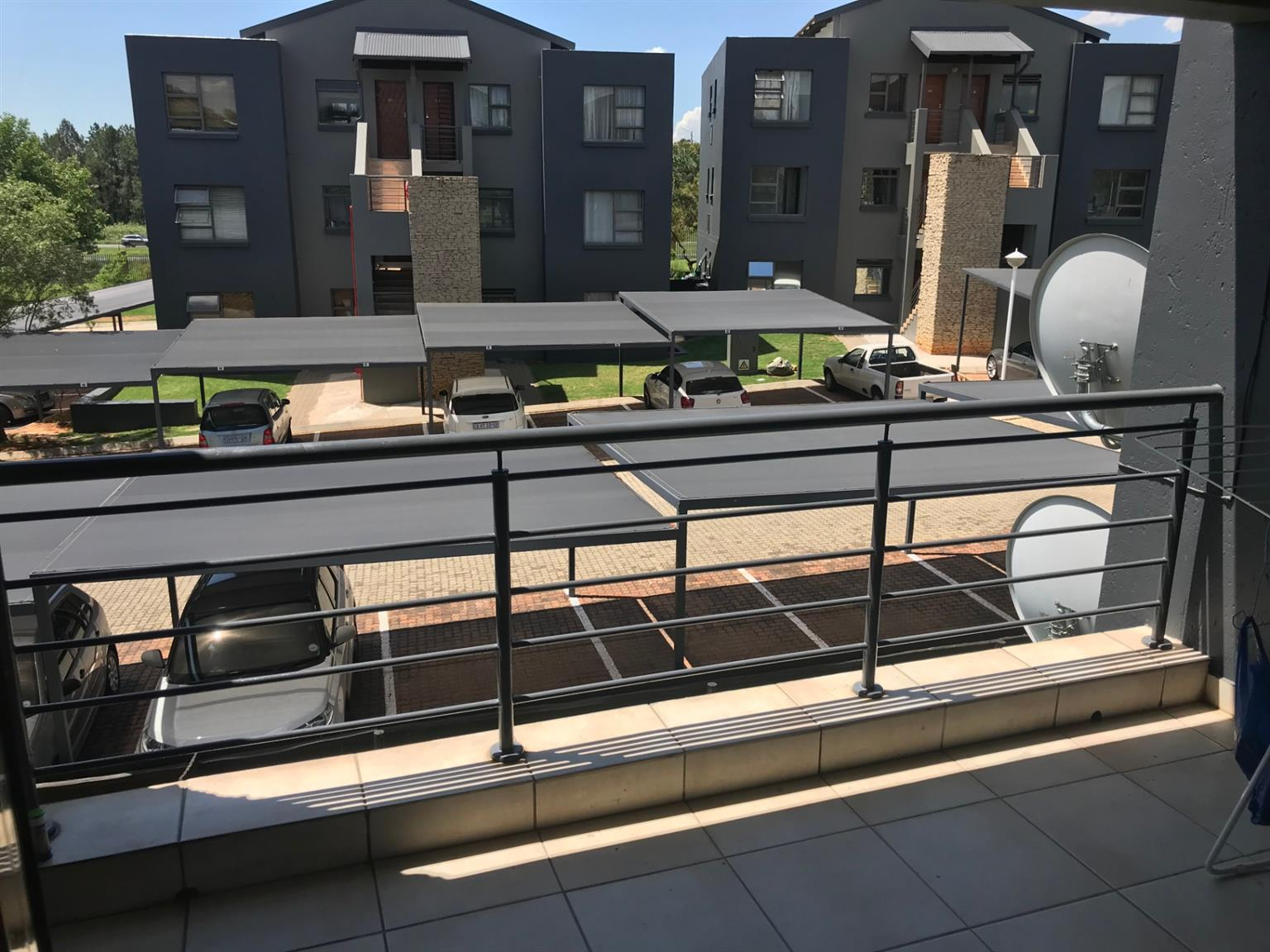 Apartment For Sale in Greenstone Hill