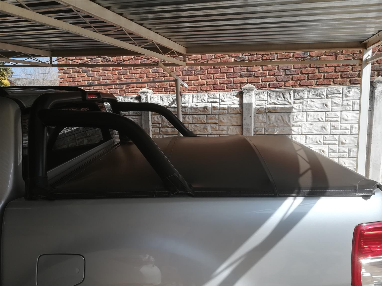 Roll Bar and Tonneau cover for sale