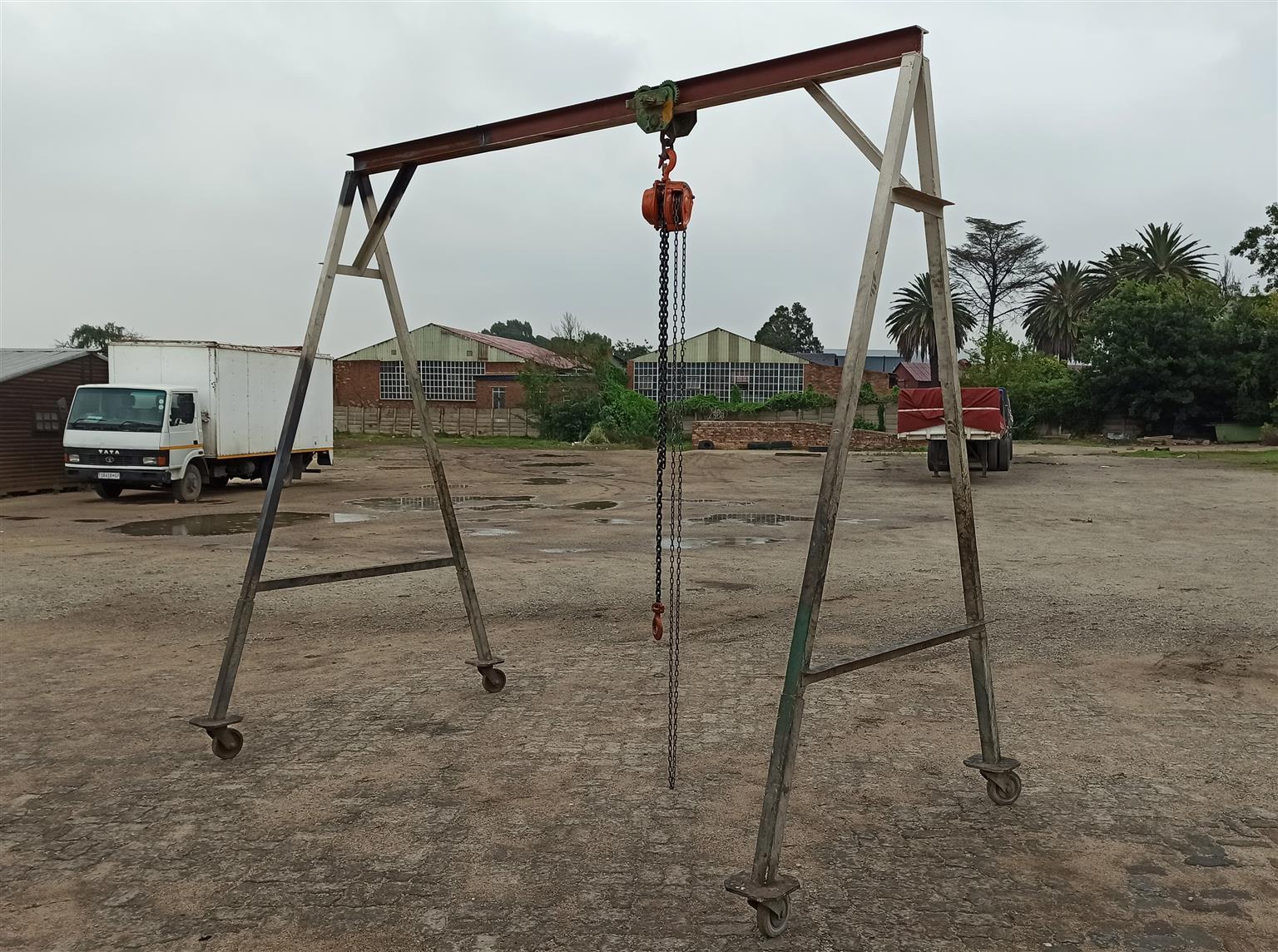 Gantry Crane Mobile
