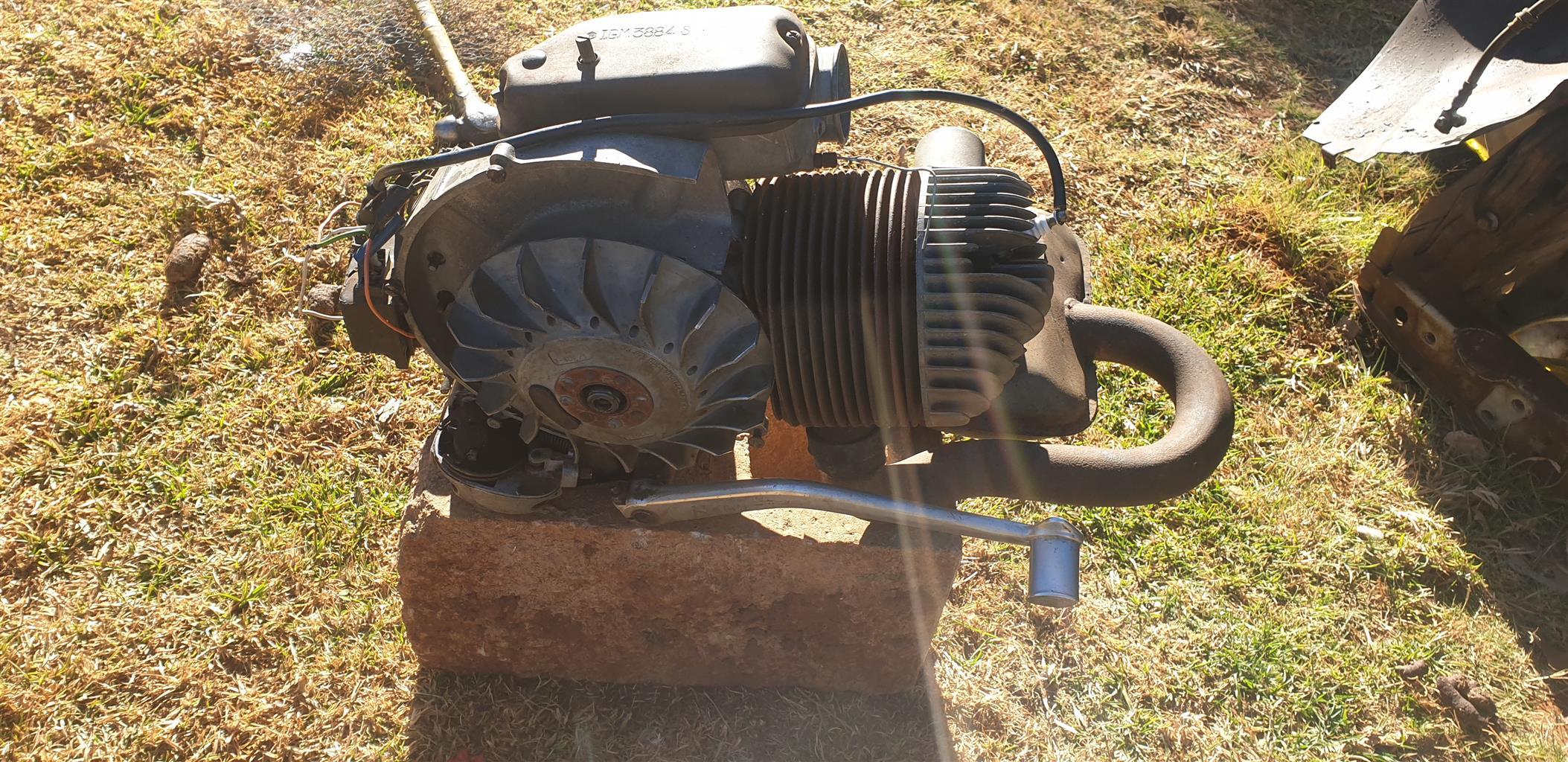 Vespa 200cc engine