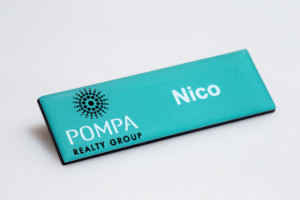 domed magnetic name badges special at r29 each wwwbadge itco - Magnetic Name Badges