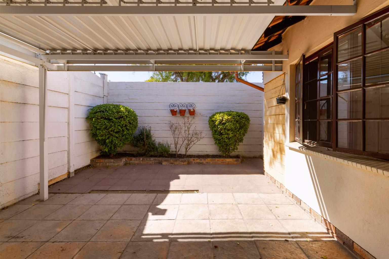 House For Sale in Halfway Gardens