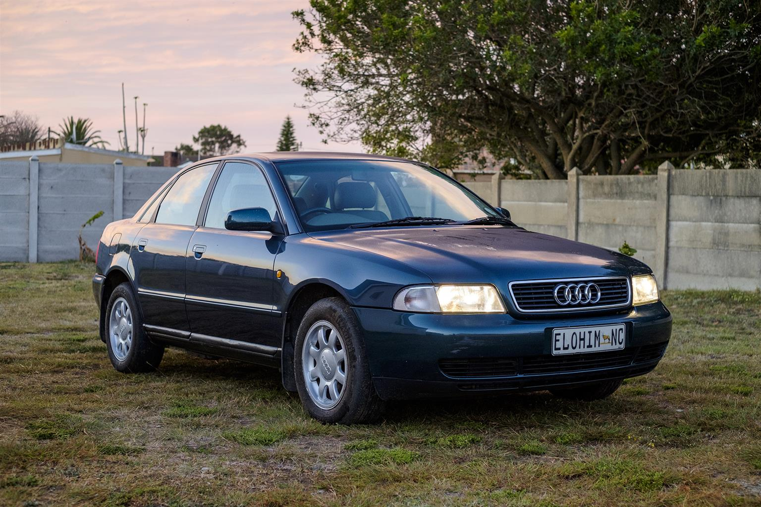 Audi A4 98 18 Turbo The Business