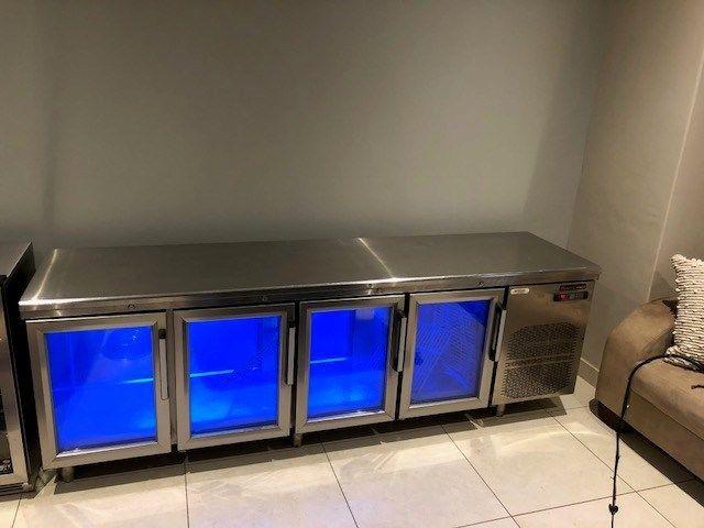 4 Door Montefresco Bar fridge for sale. Superb condition!!