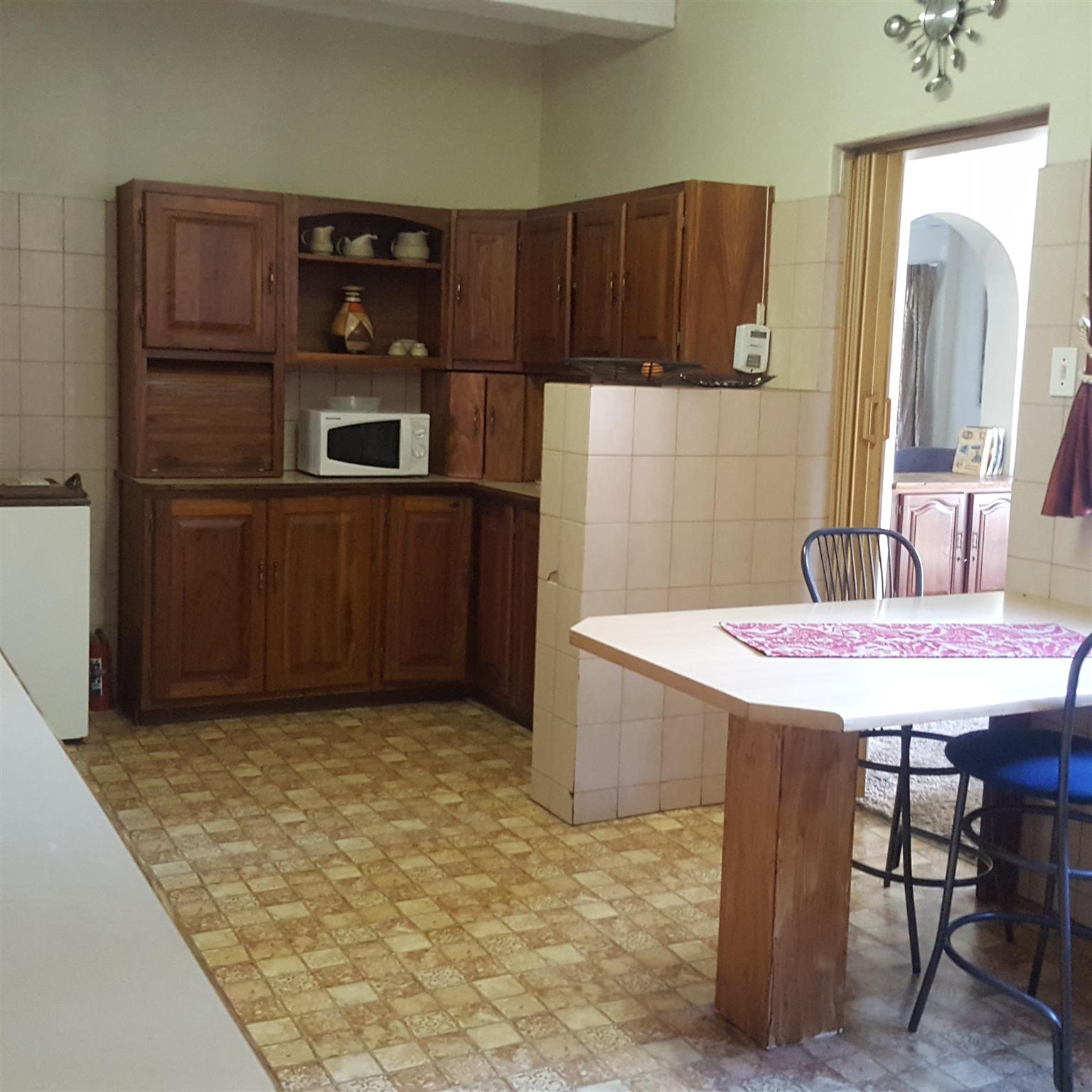 Room available for rent in House in Waterkloof