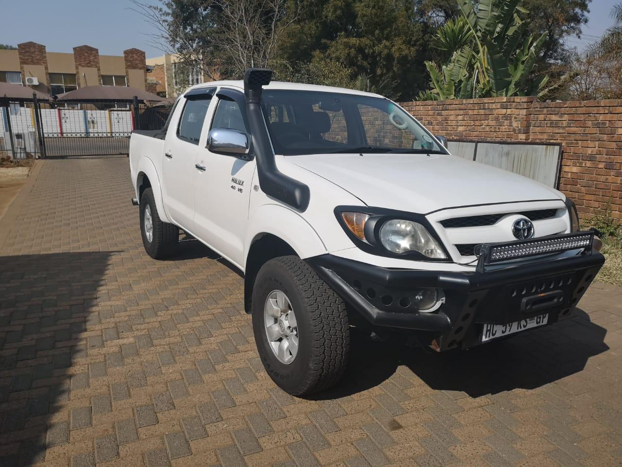 2007 Toyota Hilux V6 4.0 double cab 4x4 Raider automatic