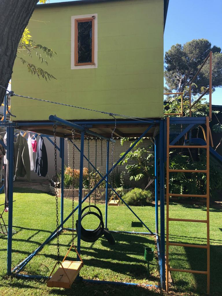 TREE HOUSE JUNGLE GYM FOR SALE