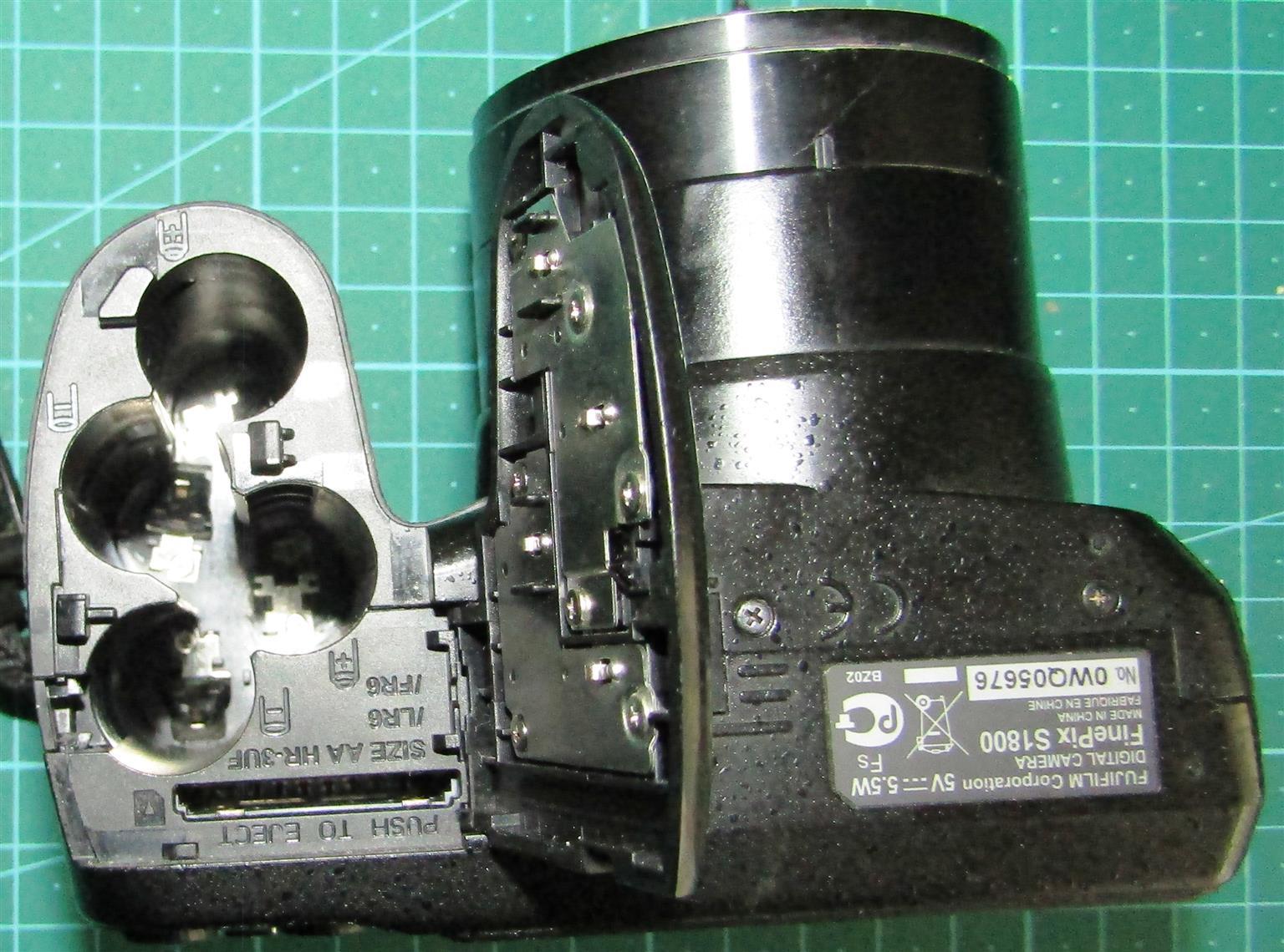 Fujifilm FinePix S1800 - NOT WORKING
