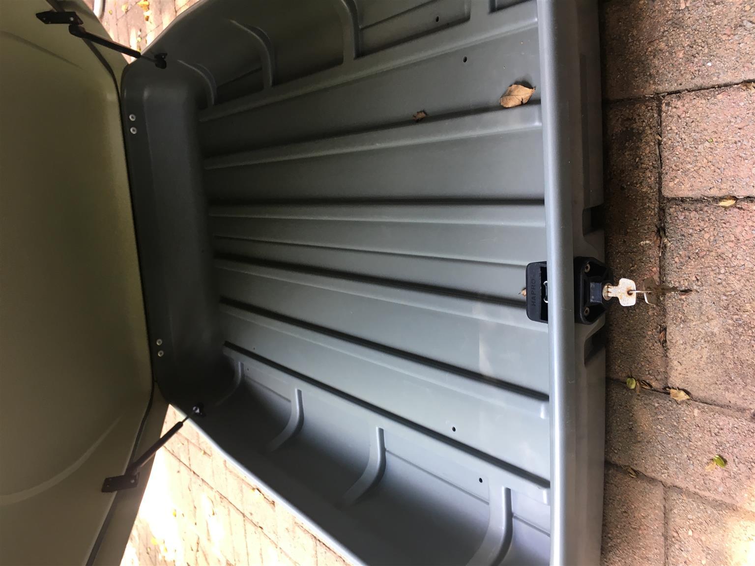 Halfords roofcarrier topbox