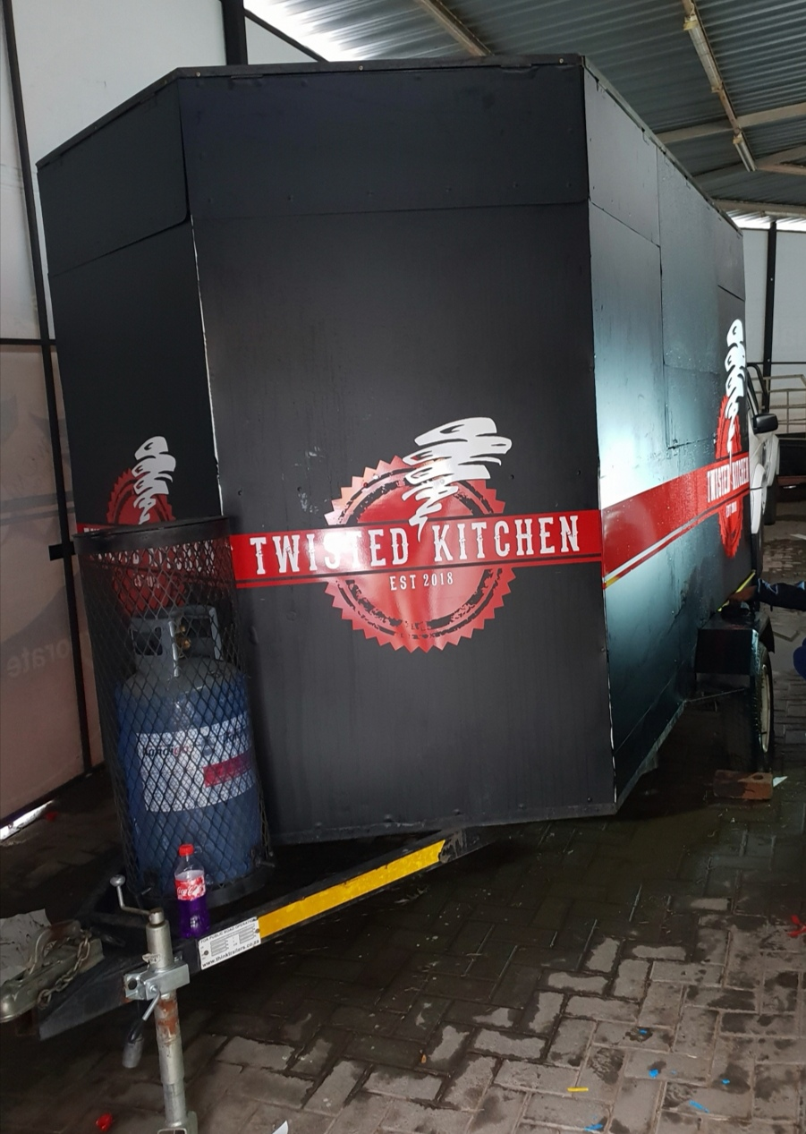 2014 Boosh Bebee food trailer