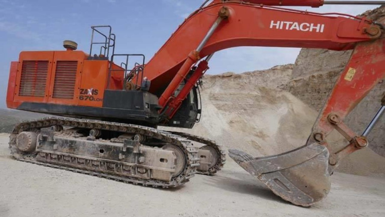 Earthmoving Machines for Hire