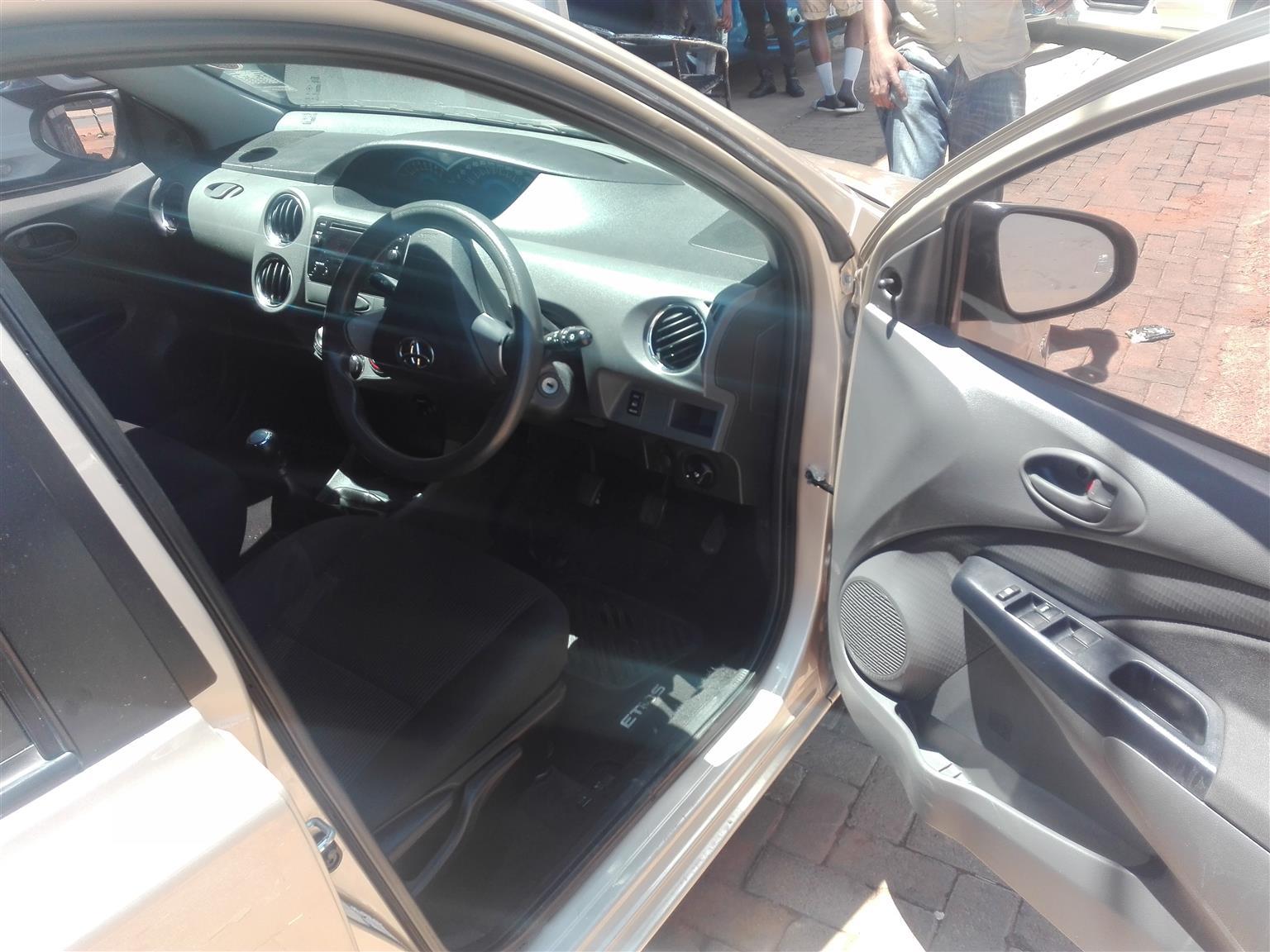 2018 Toyota Etios sedan 1.5 Xs