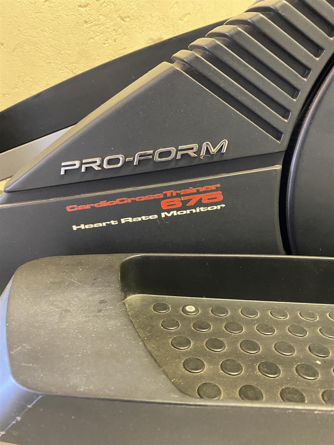 Pro-Form, Cardio Cross Trainer 675, Heart Rate Monitor